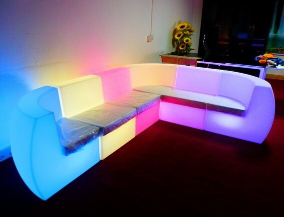 led sofa sofa schwarz wei schlafsofa ecksofa o weiss adagio mit thesofa. Black Bedroom Furniture Sets. Home Design Ideas